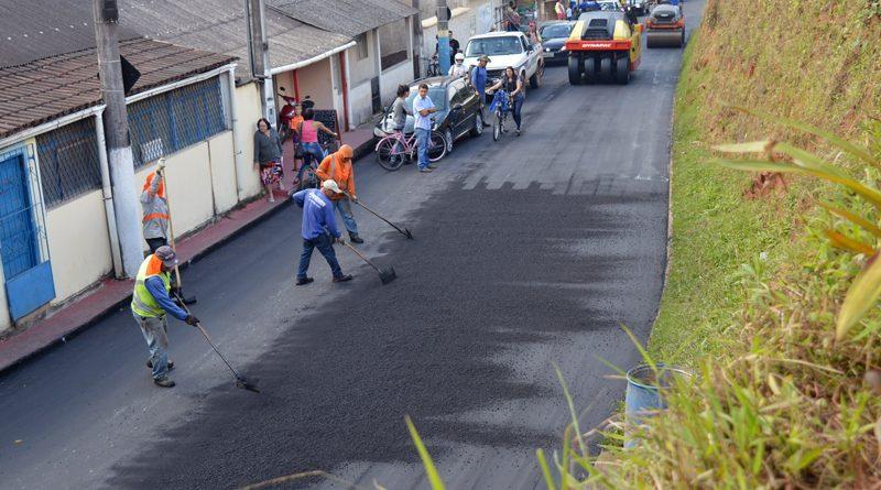 obras de asfalta na sede de marechal floriano